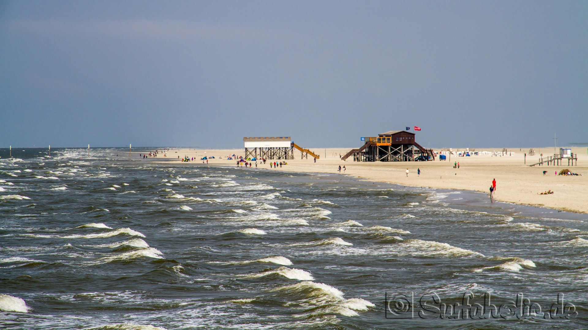 photos kategorie eiderstedt bild st peter ording surfverleih am strand. Black Bedroom Furniture Sets. Home Design Ideas