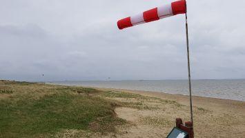 Rømø, Kiter bei Sturmflut