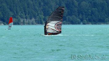 Walchensee, Formulaboard und große Racesegel erhöhen die Gleitquote enorm.