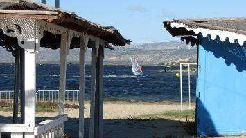 Eole, Etang de Leucate, die Beachbar ist nur im Sommer auf.