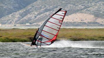 Windsurfen auf dem Etang de Leucate, Ile des Pêcheurs