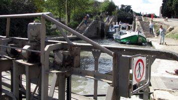 Les neuf  écluses de Fonserannes. Schleusentreppe am Canal du Midi.