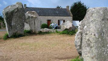 Menhire nahe Quiberon, Morbihan, Bretagne, Frankreich