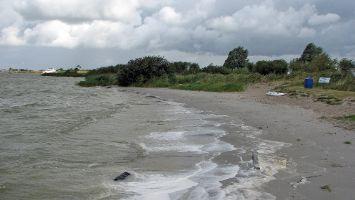 Hindeloopen, Surfzugang zum Wasser auf Camping Schuilenburg