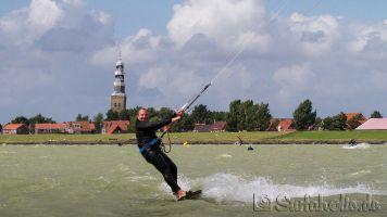 Kitesurfen in Hindeloopen, Ijsselmeer_1