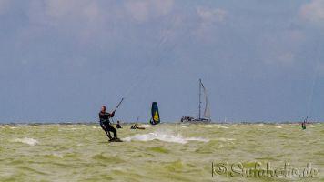 Kitesurfen in Hindeloopen, Ijsselmeer_3