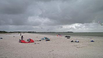 Workum, breiter Sandstrand am Ijsselmeer