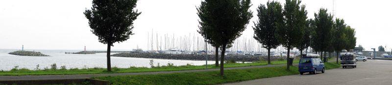 Medemblik, Parkplatz am Ijsselmeer