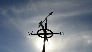 Warten auf Wind, Petten, Nordseedeich, Nordholland