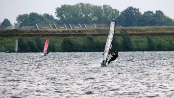Surfen in Roermond, Ool, Oolderplas