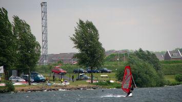 Surfschule in Roermond, Ool, Oolderplas