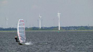 Harderwijk Windsurfen Kitesurfen Mai 2012, SW 4-5