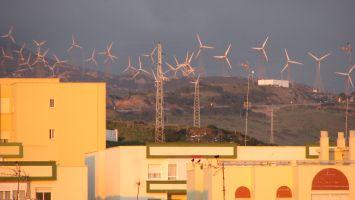 Tarifa, Capitol of wind, Windräder - die fast nie still stehen... :-)