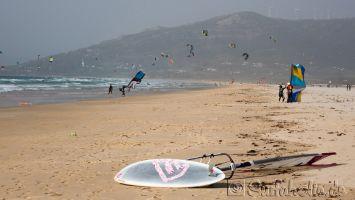 Tarifa, Campo de Futbol, windsurfen kitesurfen bei Südwind