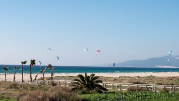 Tarifa, Playa Balneario, kitesurfen bei Levcante