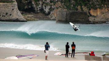Windsurfen bei Levante, Balneario, Tarifa, Andalusien