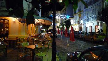 Tarifa, Café Central