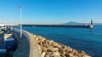 Tarifa, Parkplatz im Fischereihafen