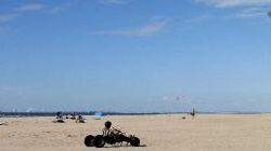 Renesse, Kitebuggy am<br />Strand von Ouddorp
