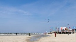 St. Peter Ording,<br />Surfverleih am Strand,<br />windsurfen, kitesurfen